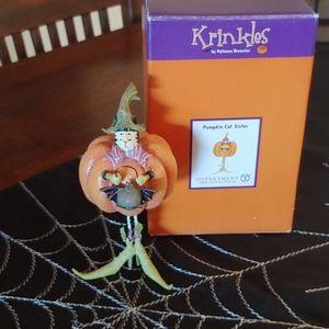 Department 56 Krinkles Pumpkin Cat Sitter